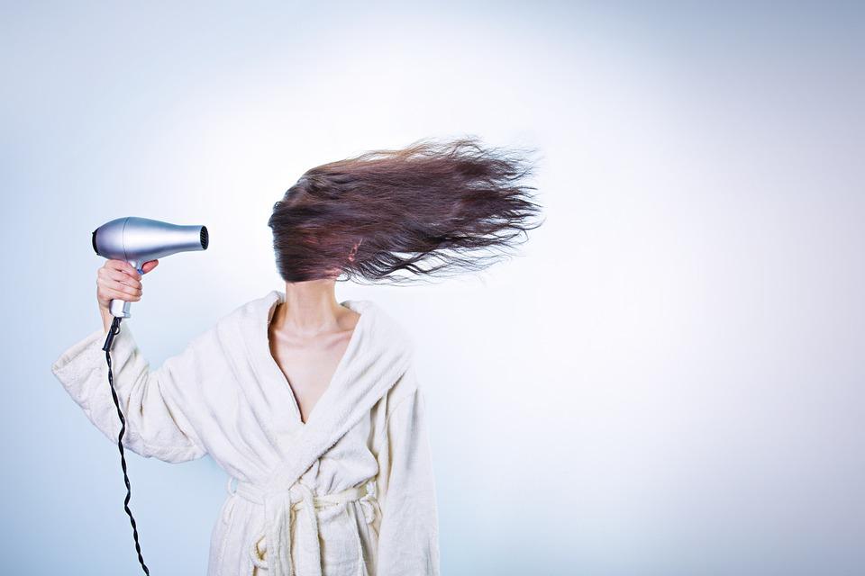 Jangan Pergi Dulu Kalau Rambut Masih Basah