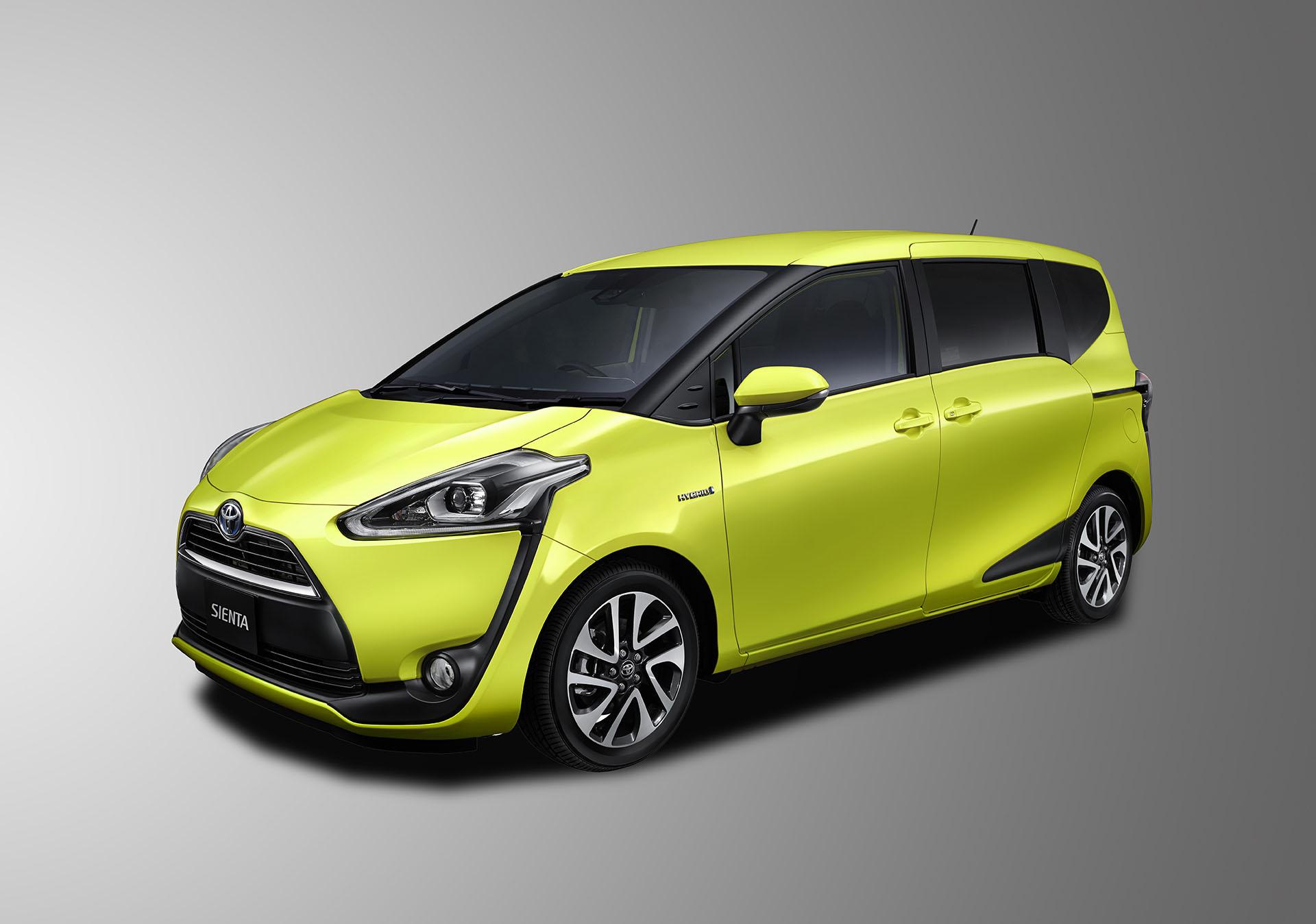 Toyota Sienta Sasar Keluarga Muda
