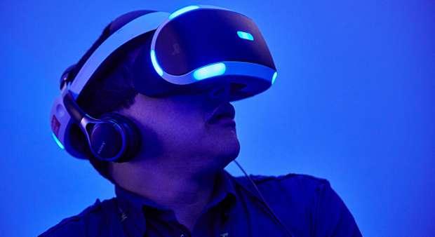 Virtual Reality, Pengunjung pun Tergoda Meraba-raba Manekin