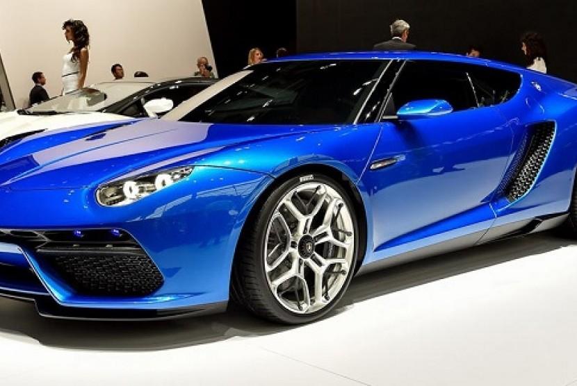 Lamborghini Sedang Asyik Kerjakan Proyek Mobil Listrik