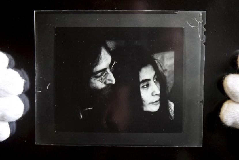 Kisah Hidup John Lennon Dibuat Buku Komik