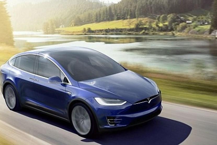Tesla akan Buka-bukaan Soal Model 3