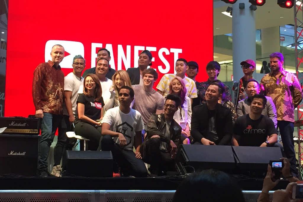 YouTube FanFest Indonesia 2016: Kemeriahan Aksi Creator YouTube di Atas Panggung