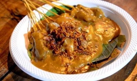 Berburu Kuliner Paling Top di Padang