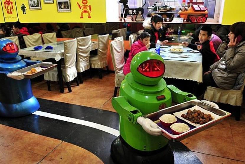 Robot Mulai Antar Makanan di Inggris